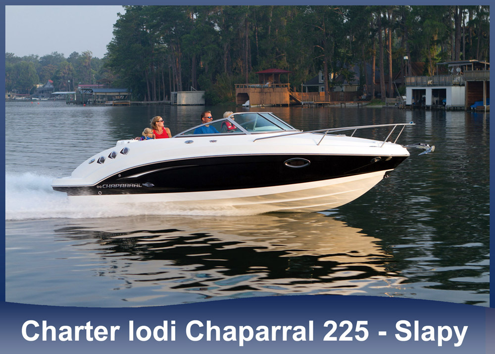 Charter lodi Chaparral 225 SSI Cabin - Slapy